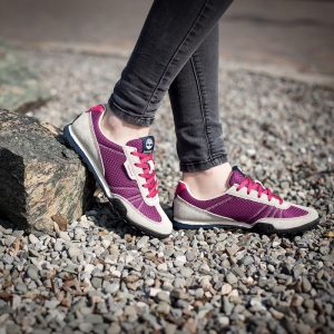 dobre buty trekkingowe do 300zł Timberland