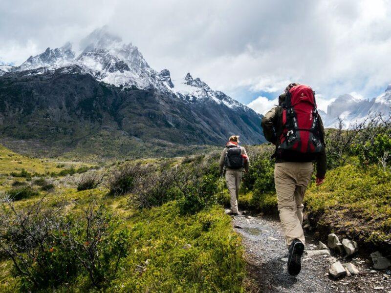 Jak wybrać spodnie trekkingowe